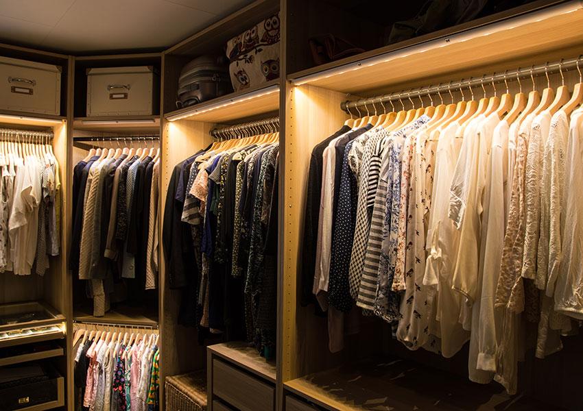 Mehr Ordnung im Kleiderschrank! Wir zeigen, wie ...